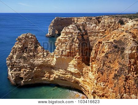 Rocky coastline, Praia da Marinha.