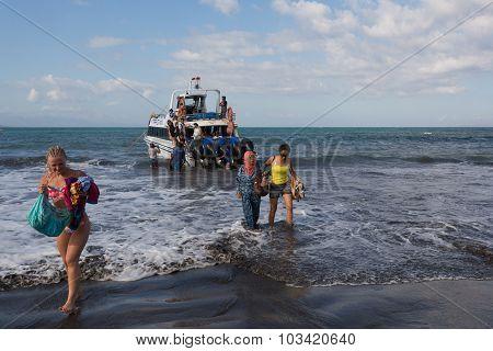 Maruti Duta Ii Speed Boat