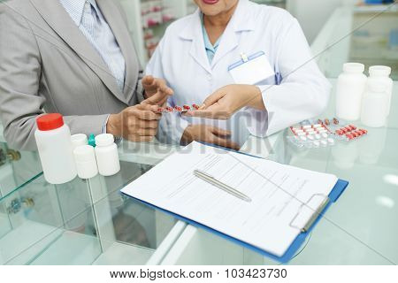 Discussing medical prescription