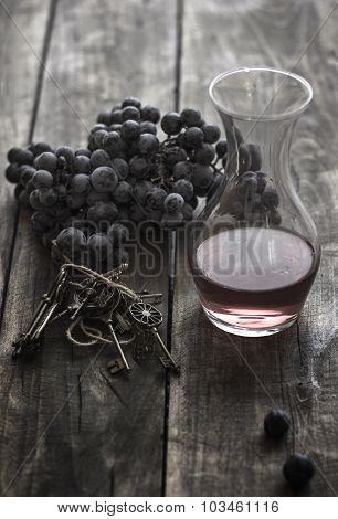 Bottle Of Red  Wine Snd Grape
