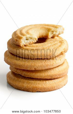 Butter ring cookie.