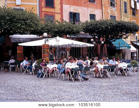 Pavement cafe, Portofino.