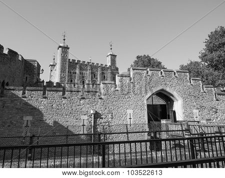 Black And White Tower Of London