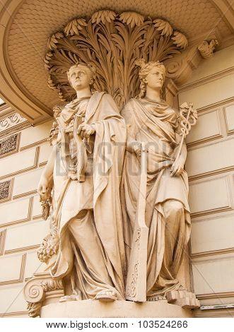 The allegorical sculptures