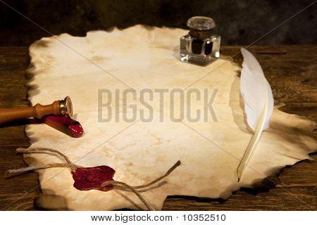 Pergamino en blanco y sello de cera