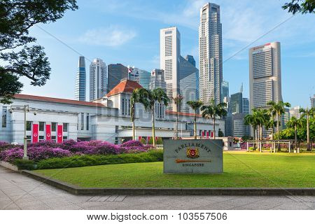 Parliament House In Downtown Singapore, With Modern, Commercial Highrise Buildings In The Background