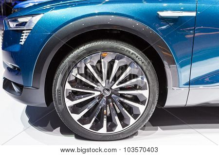 2016 Audi e-tron quattro concept