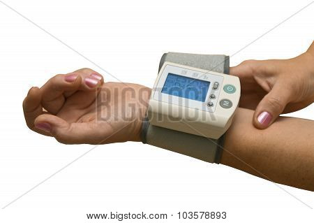 Arterial blood pressure measuring