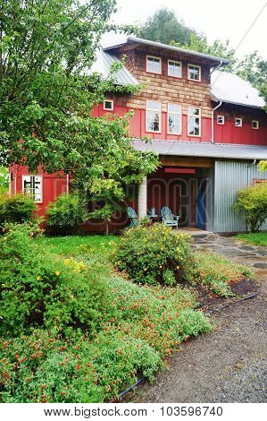 Brilliant Red City House With Large Driveway.