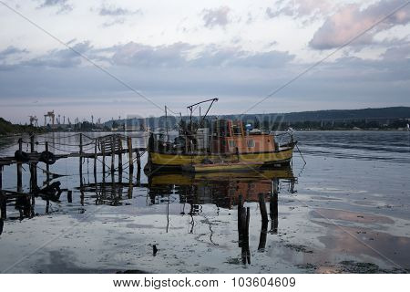 pier and fishing boat
