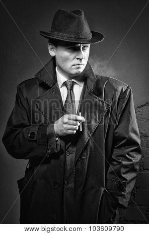 Detective Smokes