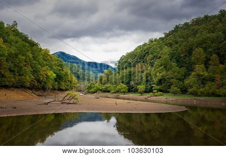 Early autumn on the Nantahala River