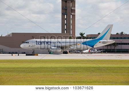 FORT LAUDERDALE, USA - JUNE 16, 2015: Airbus A320 jet airliner taxiing.