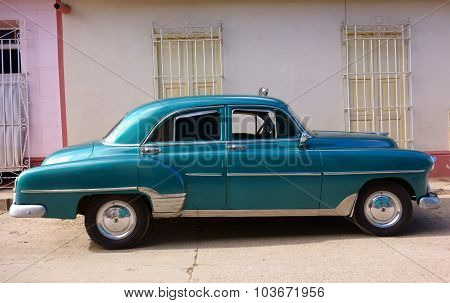 Classic American car as taxi in Trinidad, Cuba