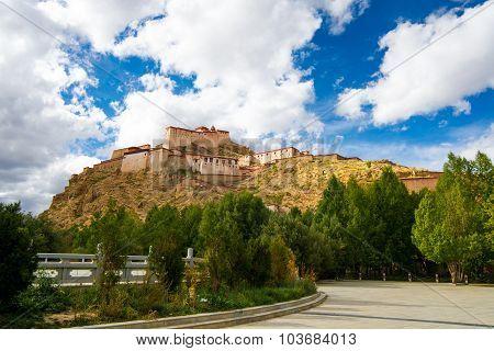 Gyantse Fortress in Shigatse, Tibet.