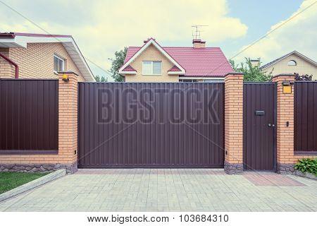 Iron Gate.