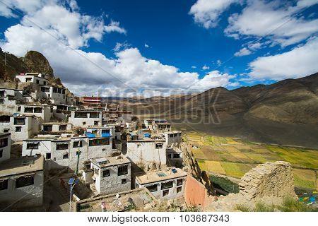 Shegar Dzong (Chode Monastery) in Tingri in Tibet, China