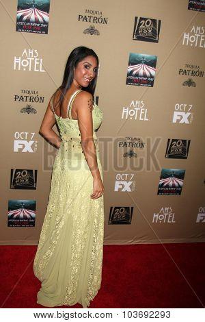 LOS ANGELES - OCT 3:  Liana Mendoza at the