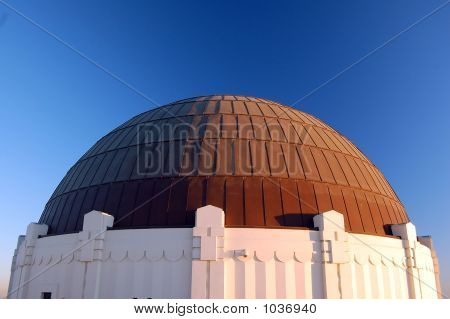 Griffith Observatory, Main Building