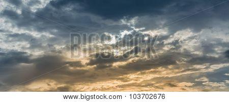 Black Cloud Coming Before Rain Drop Image .