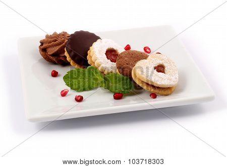 Linzer cakes