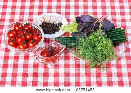Tomato Sauce,greens