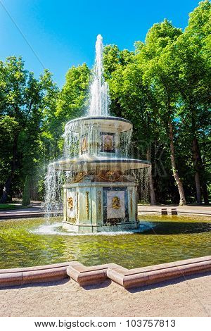 fountain in peterhof