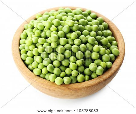 Fresh green peas in bowl isolated on white
