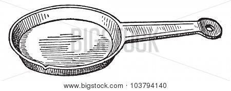 Pie dish, vintage engraved illustration.