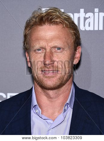LOS ANGELES - SEP 26:  Kevin McKidd arrives to the TGIT Premiere Red Carpet Event  on September 26, 2015 in Hollywood, CA.