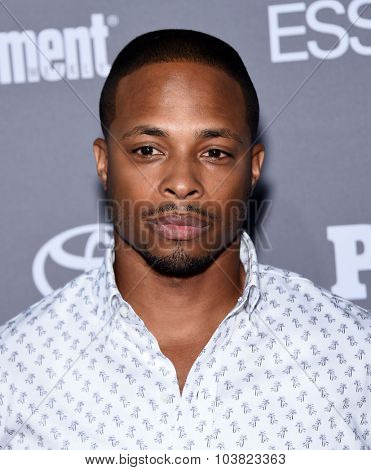 LOS ANGELES - SEP 26:  Cornelius Smith Jr. arrives to the TGIT Premiere Red Carpet Event  on September 26, 2015 in Hollywood, CA.