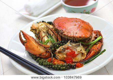 stir-fried crab with green kampot pepper, cambodian cuisine