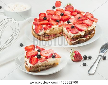 Delicious Nutritious Cake With Fresh Strawberries