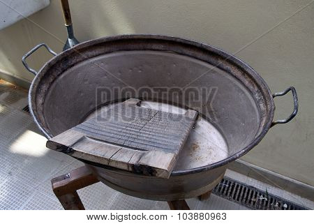 The Old Device For Washing