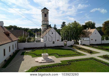 Camaldulian Hermitage, Majkpuszta