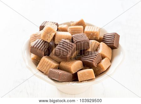 Mix of caramel pralines