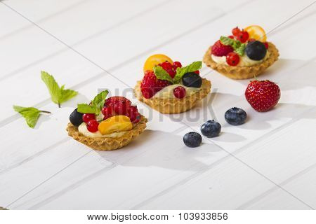 Shortbread Cake With Cream And Berries.