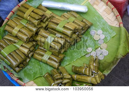 Filipino Street Food - Suman