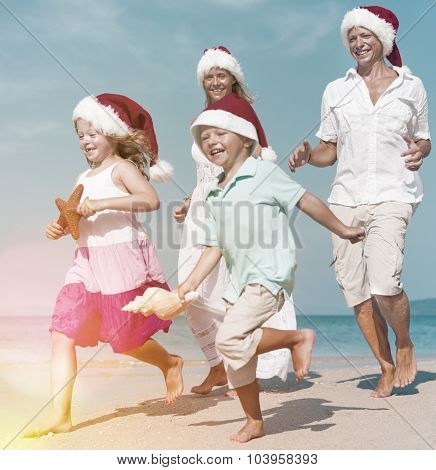 Family Beach Holiday Vacation Togetherness Christmas Concept