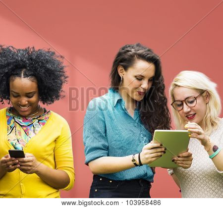 Students Learning Education Cheerful Social Media Girls