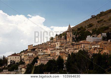 Calascio in Abruzzo (Italy)