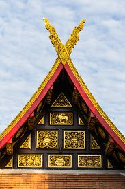 pic of apex  - Gable Apex With Sky In Thai Temple - JPG