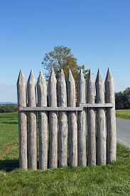 picture of stockade  - Reconstructed Limes palisade at Vielbrunn  - JPG