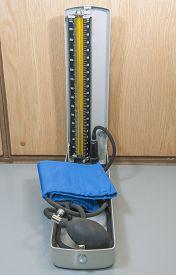 picture of manometer  - Medical blood pressure manometer gauge on a table - JPG