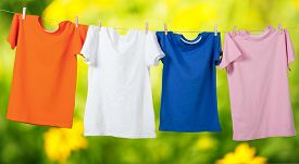 picture of clotheslines  - Clothesline T - JPG