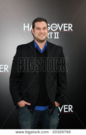 LOS ANGELES - MAY 19:  Max Adler arriving at the