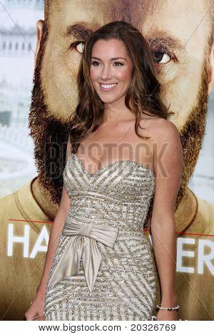 LOS ANGELES - MAY 19:  Carly Craig arriving at the