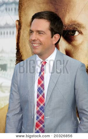 LOS ANGELES - MAY 19:  Ed Helms arriving at the