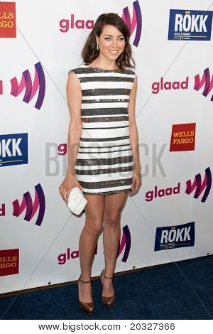 LOS ANGELES - APR 10: Aubrey Plaza arrives at the 22nd annual GLAAD Media Awards at Westin Bonaventure Hotel on April 10, 2011 in Los Angeles, CA.
