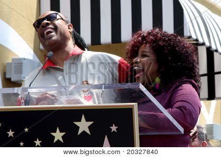 LOS ANGELES - MAY 19:  Stevie Wonder, Chaka Kahn at the Chaka Kahn Hollywood Walk of Fame Star Ceremony at Hollywood Blvd on May 19, 2011 in Los Angeles, CA